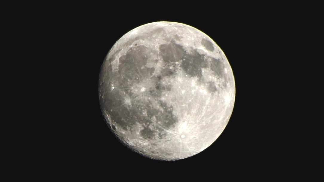 屋久島の月